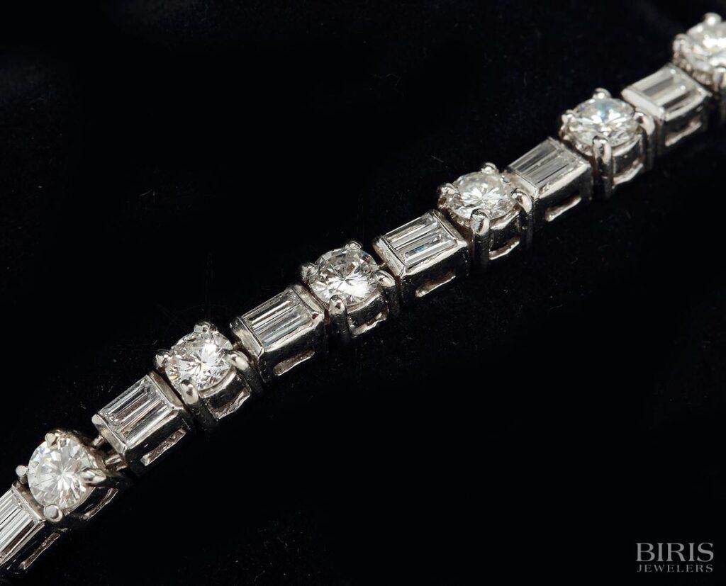 Bracelet-platinum-diamond-bracelet-1950s