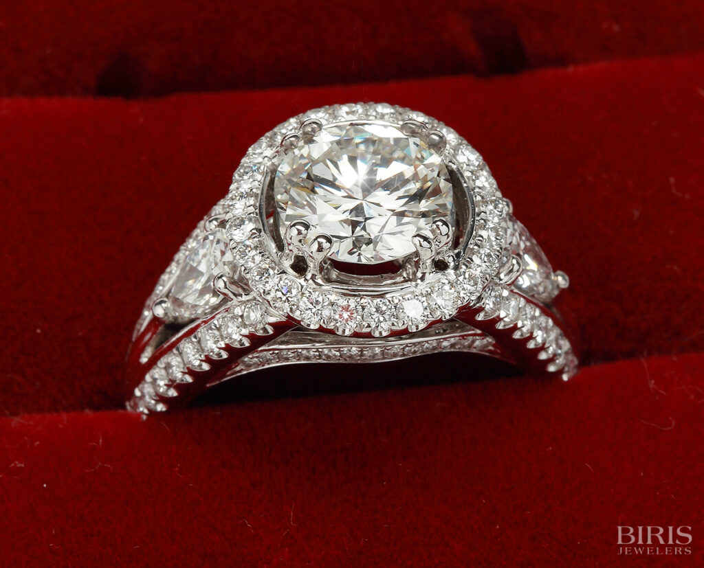 Engagement-Ring-diamond-engagement-platinum