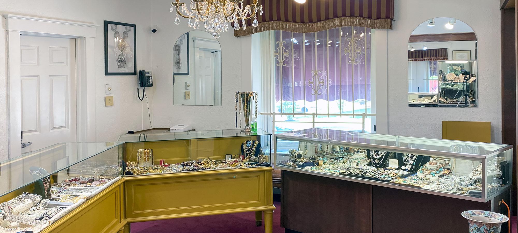 Biris Jewelers Showcases